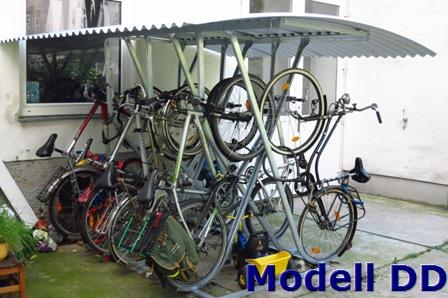 Fahrradständer schräg hoch